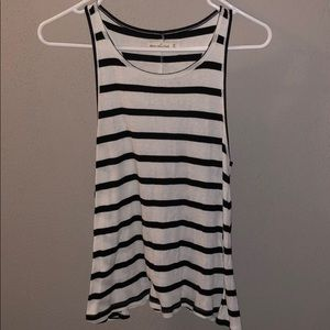 black and white abercrombie & fitch tank top